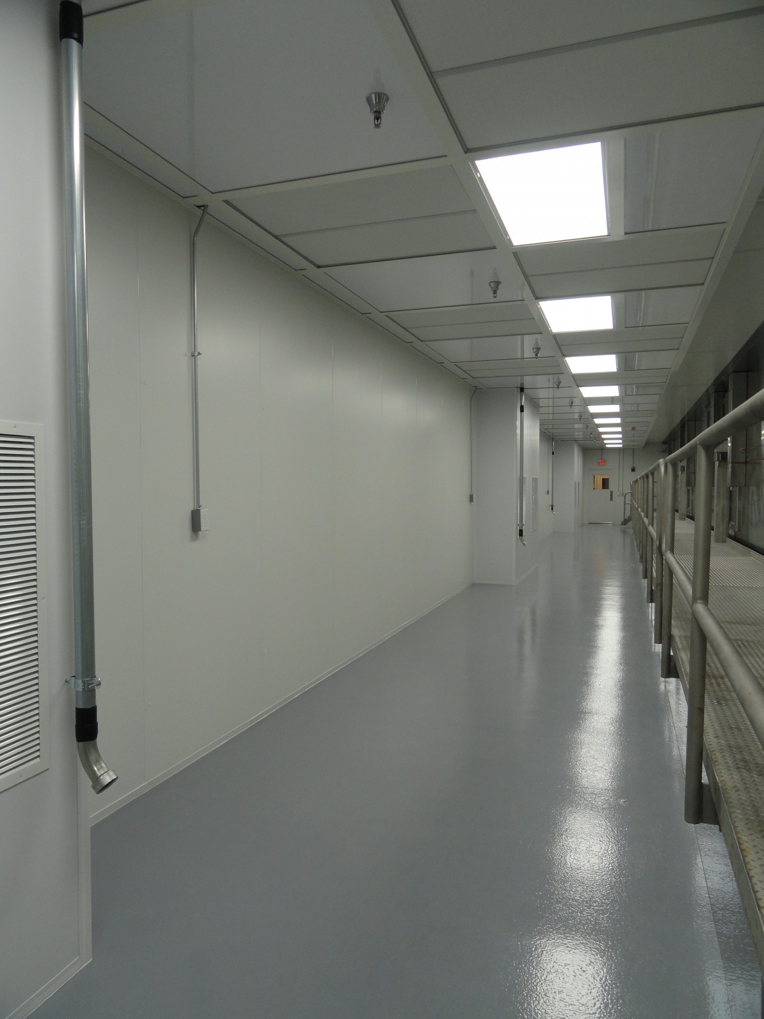 Johnson Controls Hodess Cleanroom Construction